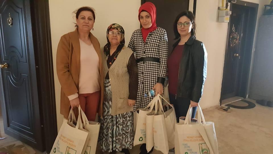 AK Parti Çat Kapı Yapıyor