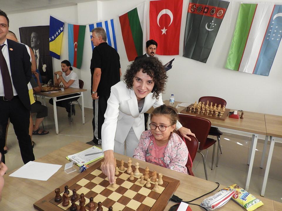 Enez'de Uluslararası Satranç Turnuvası başladı