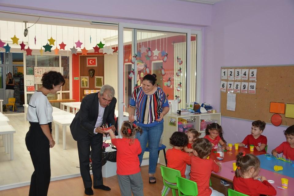 Ünsal, Okul Ziyaretlerini Sürdürüyor.