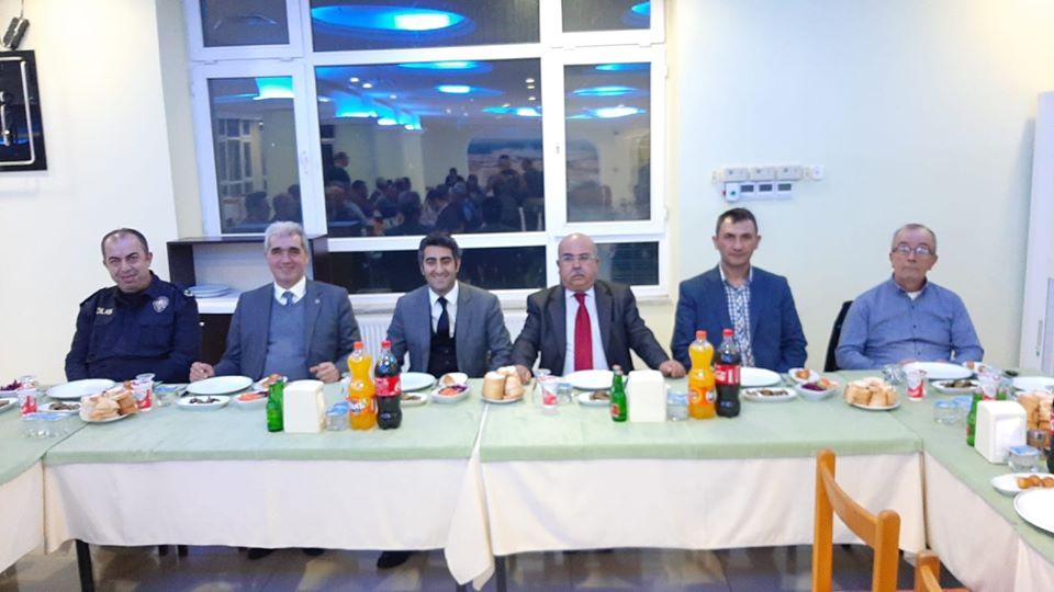 Halil Sürek'e, Veda Yemeği