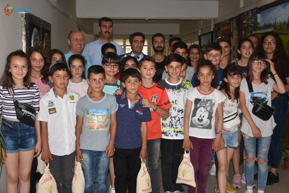 Misafir Öğrenciler Aslantatar'ı, Ziyaret Etti.