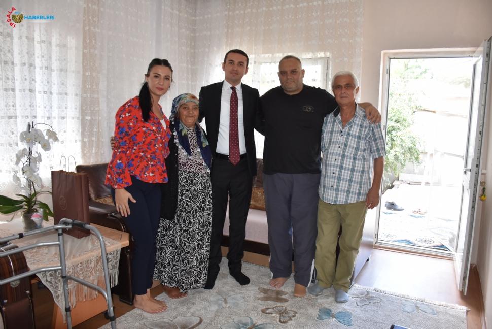 Bakan, Şehit Ailelerini ve Yaşlıları Ziyaret Etti.