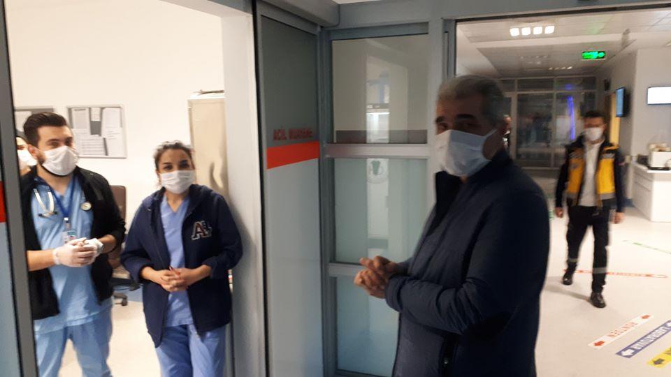 Ünsal'dan Sağlık Çalışanlarına Moral