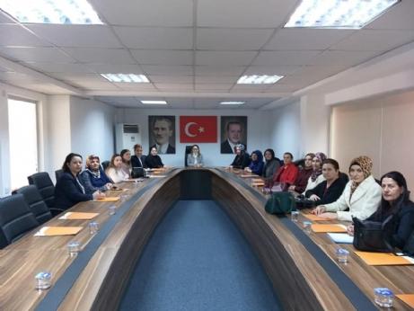 AK Parti Kadın Kolları Belde Başkanlarını Atadı.
