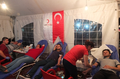 Kızılay Bir Gecede 45 Ünite Kan Bağışı Topladı.