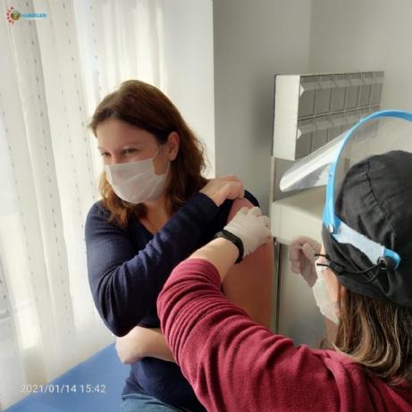 Keşan Devlet Hastanesinde personele CoronaVac aşısı yapılmaya başlandı