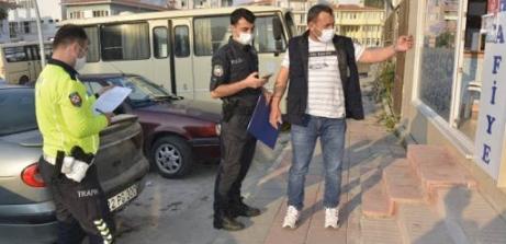 21 kişiye 18 bin 900 TL 'maske' cezası kesildi.