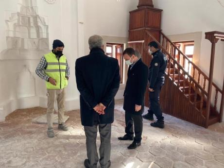 Tadilattaki Camiyi İncelediler.