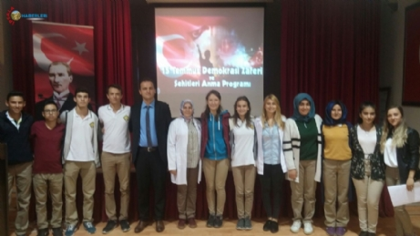 Anadolu Lisesinde Vatan Sevgisi Programı Düzenlendi.