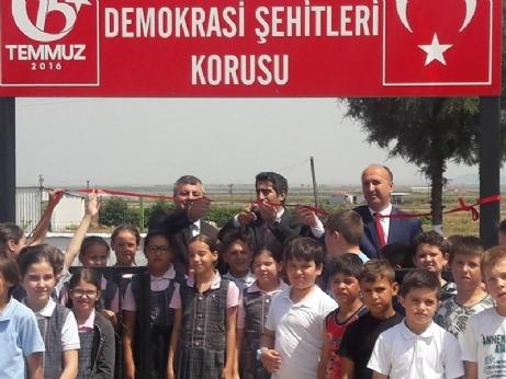 Yenikarpuzlu'da 15 Temmuz Demokrasi Şehitleri Korusu Açıldı.