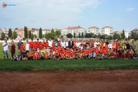 Keşan Belediyesi Futbol Kursu Okulu ile Yenikarpuzlu Futbol Kursu Okulları buluştu