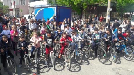 Yenikarpuzlu'da Bisiklet Şenliğine Yoğun İlgi