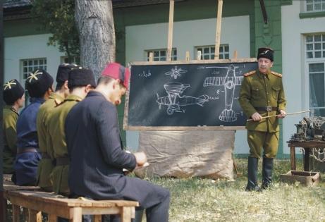 Gürkan, Vecihi Hürkuş'un öğretmenini oynadı